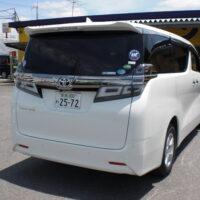 トヨタ ヴェルファイア(8人乗)